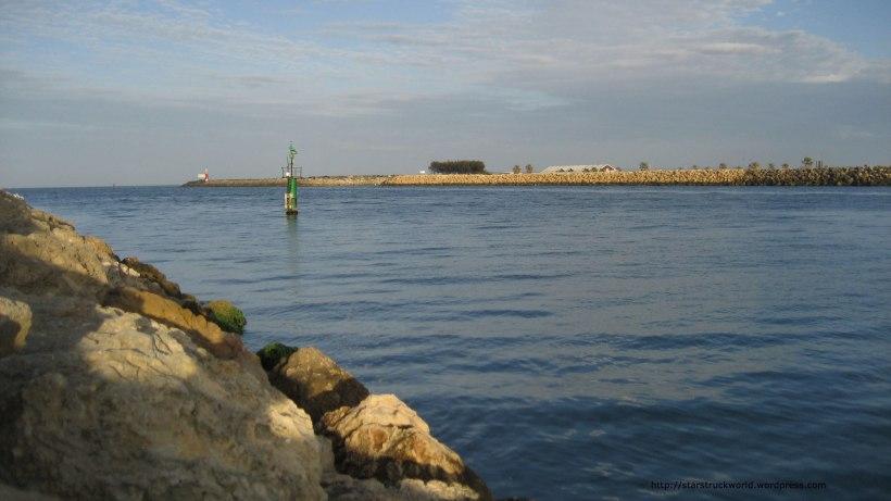 Harbour-entrance-South-Mole