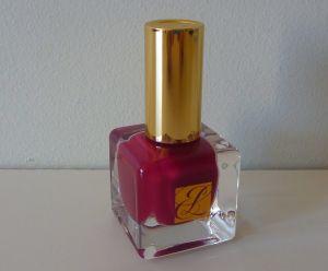 Estee Lauder nail lacquer Fallen Angel