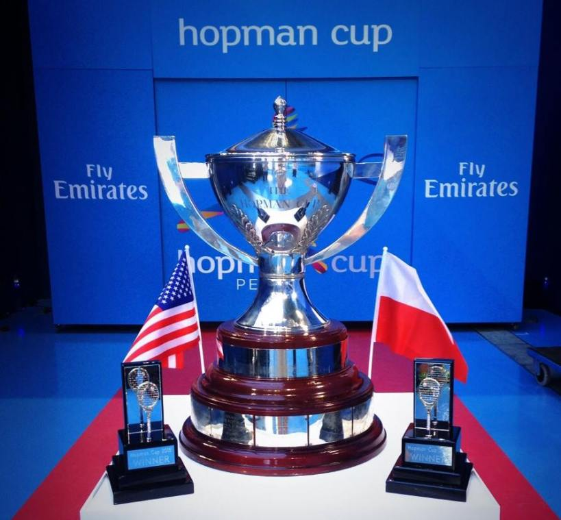Hopman_Cup_and_tennis_racquet_trophies_2015