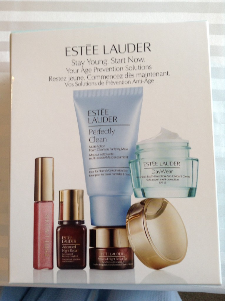 Estee Lauder Stay Young Stay Fresh Set